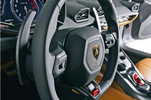 2014_Lamborghini-Huracan_14